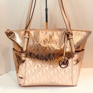 MICHAEL KORS ROSE GOLD JET SET LARGE ZIP TOP TOTE